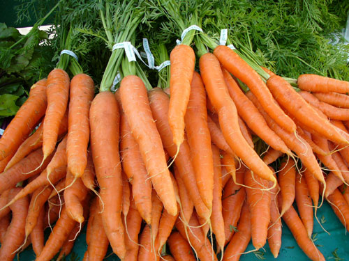Carrot- The use of carrot juice beauty